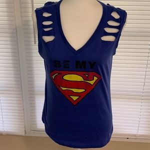 DC Comics Sleeveless Distressed Superman Top L/G